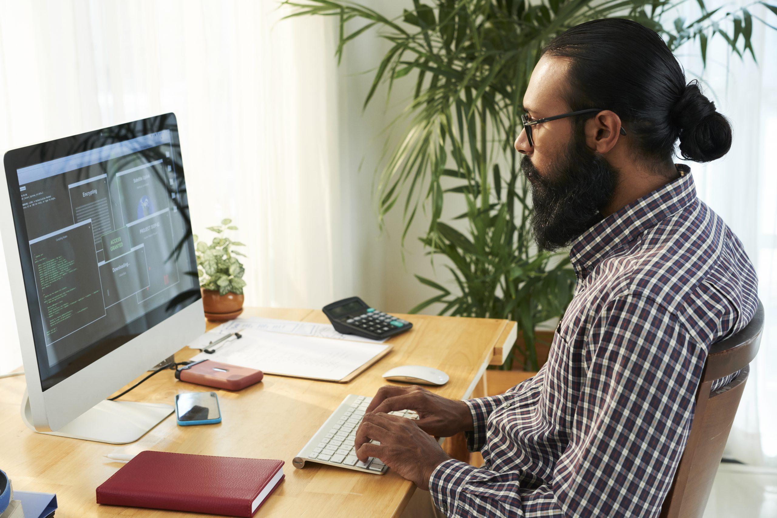 Développeur-Développeuse: Back-End ou Full Stack